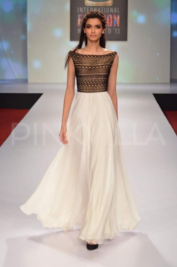 Diana Penty in Drashta Sarvaiya dress