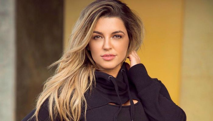 Nikki Blackketter, an American model and fitness trainer. Check out her biography, height, weight, body measurements, age, boyfriend, net worth and facts.