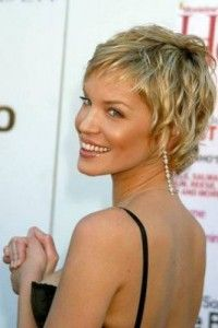 Ashley Scott's Short Hairstyle ashley scott3 – Last Hair Models , Hair Styles Ashley was born in Metairie, Louisiana a suburb of New Orleans.