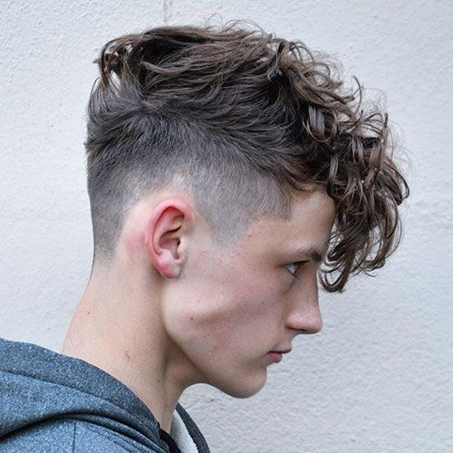 Hairstyles for men with really curly hair