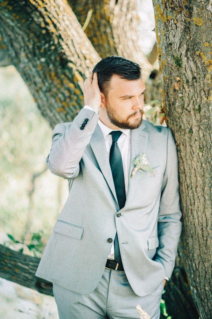 gray suit серый костюм жениха