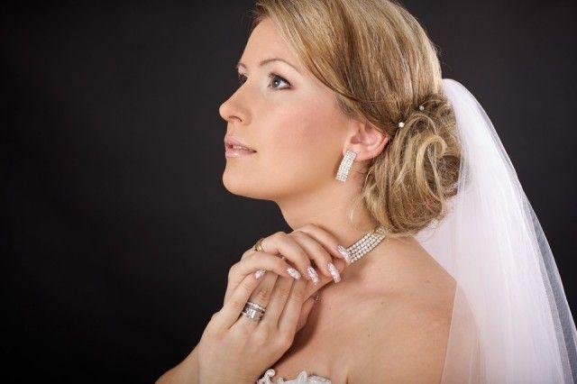bruidskapsel-knot-en-sluier-1