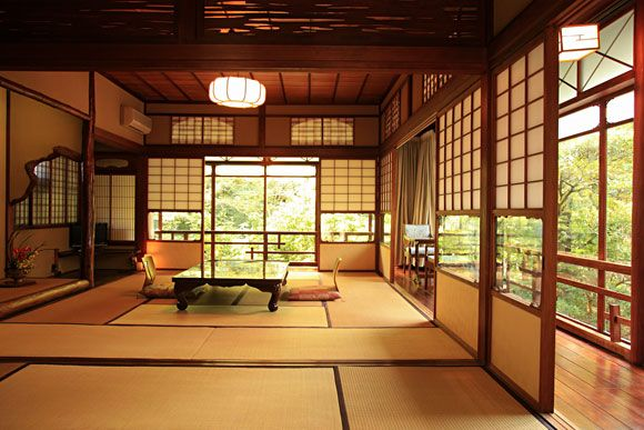 Iwaso Ryokan in business for 150 years | Japanese Guest Houses [I miss sitting and sleeping on tatami floors !] This reminds me of the two main rooms of my uncles house & just like this pic they looked out onto the gardens.