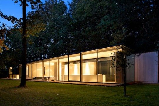 Het Brugse architectuurbureau Govaert & Vanhoutte mocht vorige week een LEAF Award in ontvangst nemen in de categorie eengezinswoningen. De LEAF Awards bek...