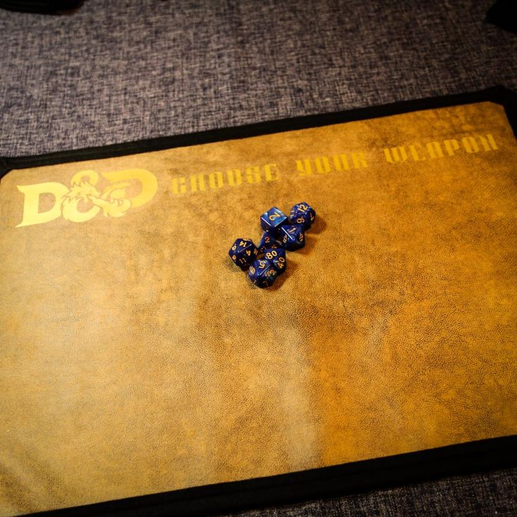 Brand new product available at the following link http://www.lomahsee.com/product/dungeons-dragons-dice-mattray/ #dungeonsanddragons #dicemat #dicetray #dicetray #callofcthulhu #pathfinder #bloodbowl #warhammer40k #rpg #roleplayinggames #tabletopgames #rpggifts #rpgaccessory #rpgaccessories #handmade #handmadeisbetter #gifts