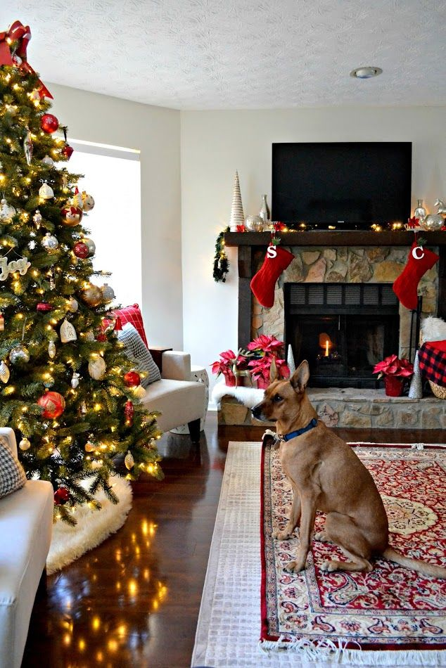 Classic Red and White Christmas Decor and