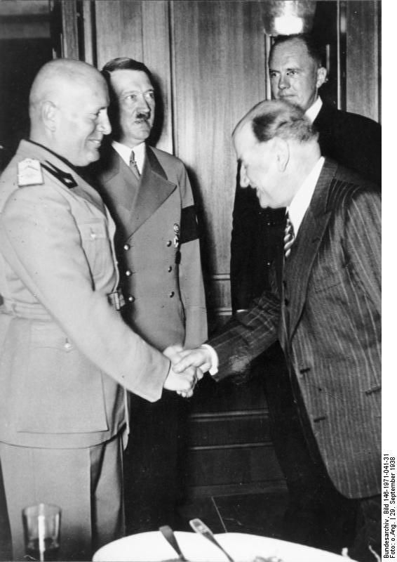 appeasement during world war ii Appeasement was a political tactic created at the munich conference by to avoid   throughout the years 1933 to 1945, nazi germany began to occupy multiple.