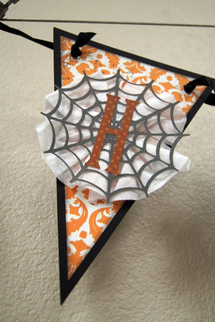 Scary halloween door decorating contest ideas - Creative Critters Cricut Club Chic Scary Halloween Banner