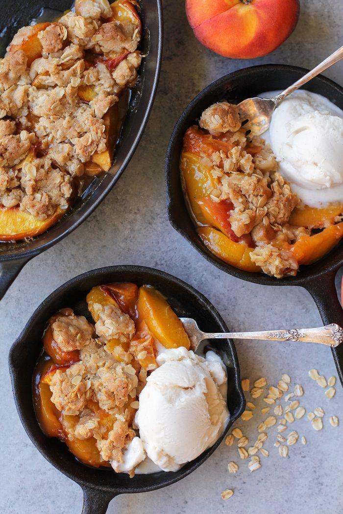 Gluten-Free Vegan Peach Crisp made with @bobsredmill gluten-free 1:1 baking…