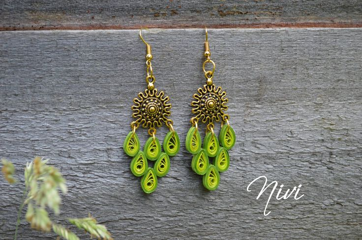 Quilled earrings.