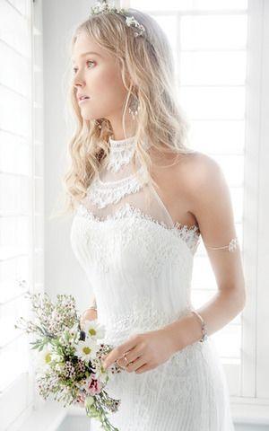 Robe de mariée empire sans manchede  tour de cou avec dentelle