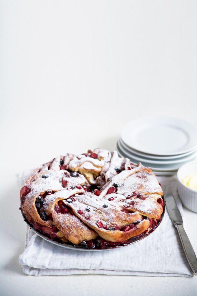 ... tripple berry cinnamon swirl bread ...