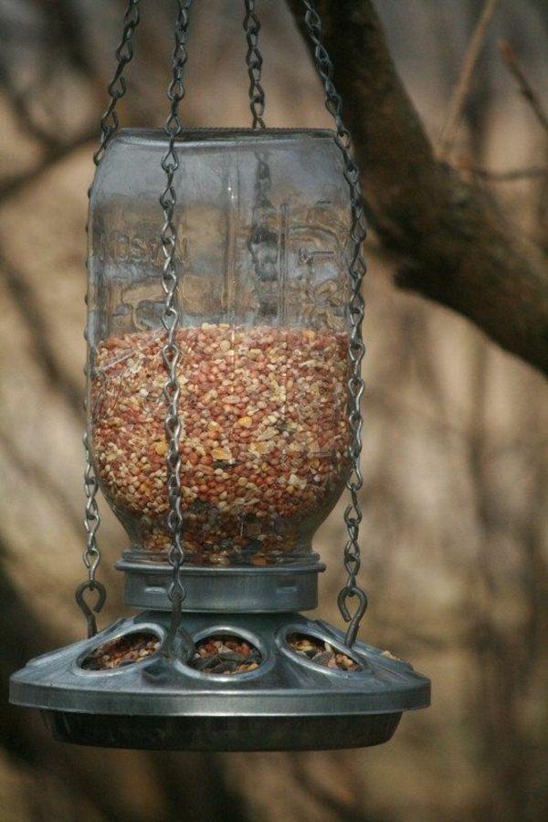 konservenglas für vogelfutterhaus bauen garten baum