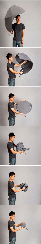 O design desse guarda-chuva aberto é ótimo, muito mais eficaz do que os comuns para, de fato, nos proteger da chuva. Objetos bem pensados.