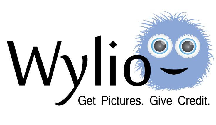 Wylio - although you need to create an account to get the most benefit, Wylio does provide a great time saving service for using CC Licenced pictures.