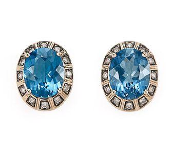 Brinco de Ouro Nobre 18K com topázio azul e diamantes cognac - Coleção Central Stone Link:http://www.hstern.com.br/joias/p-produto/B1TA203720/brinco/maracana/brinco-de-ouro-nobre-18k-com-topazio-azul-e-diamantes-cognac---colecao-central-stone
