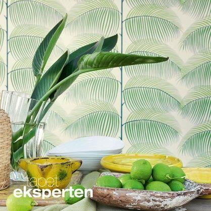 Manila - skønt tapet med mønster af grønne tropiske blade.
