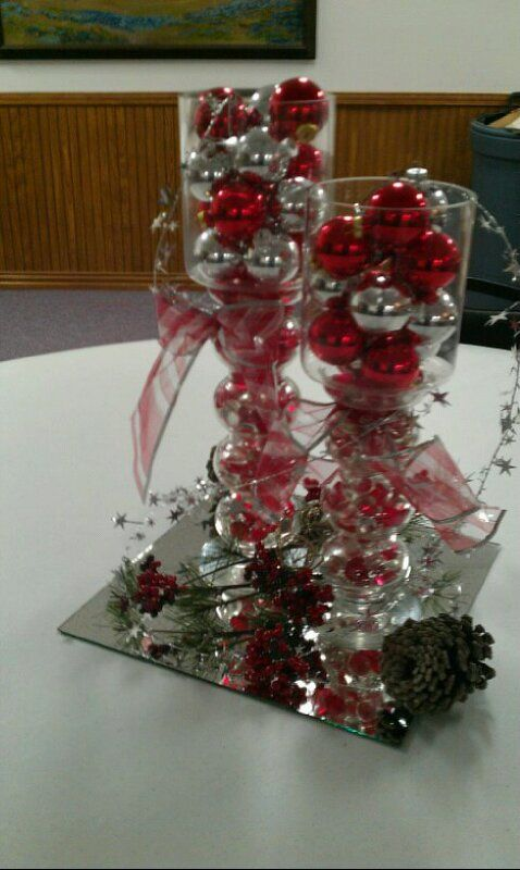 Center piece from our Christmas party. Just seeing if my photo to pinterest app works. Lol