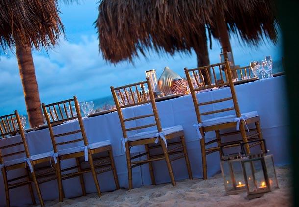 Zona privada para comer al aire libre en Renaissance Curaçao Resort & Casino