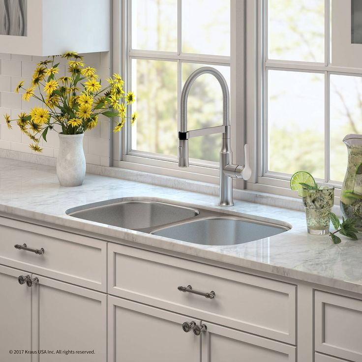 Kraus 32 Kitchen Sink & Nola Commercial Faucet with Soap Dispenser (Stainless Steel Finish), Silver