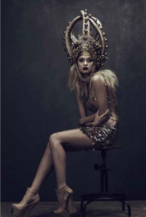 Lash Magazine and On Aura Tout Vu - a duet of two Bulgarian Fashion Designers V