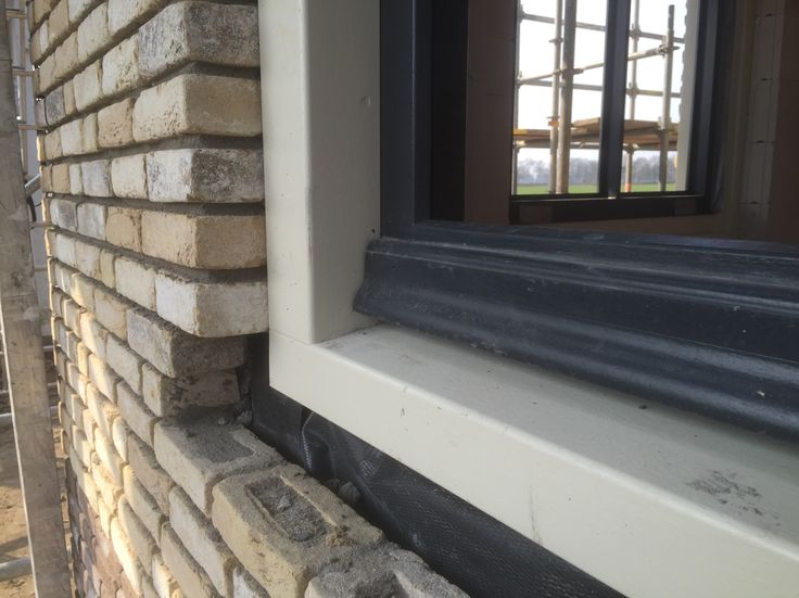 Onderdorpel van het Schuif raam, met weldorpel