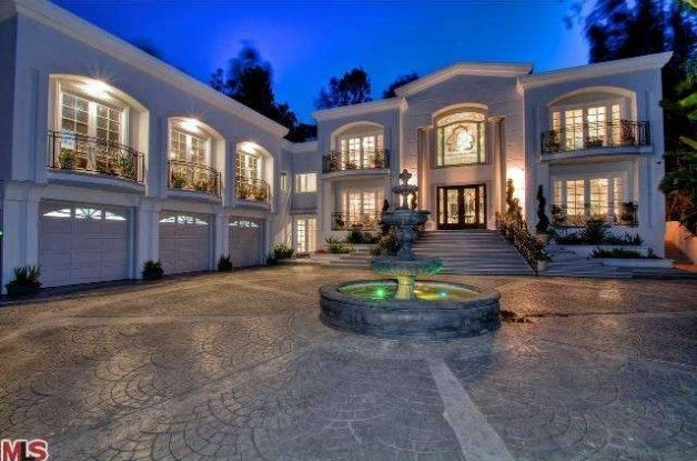 17 best images about my dream house on pinterest for Beverly hill mansions for sale