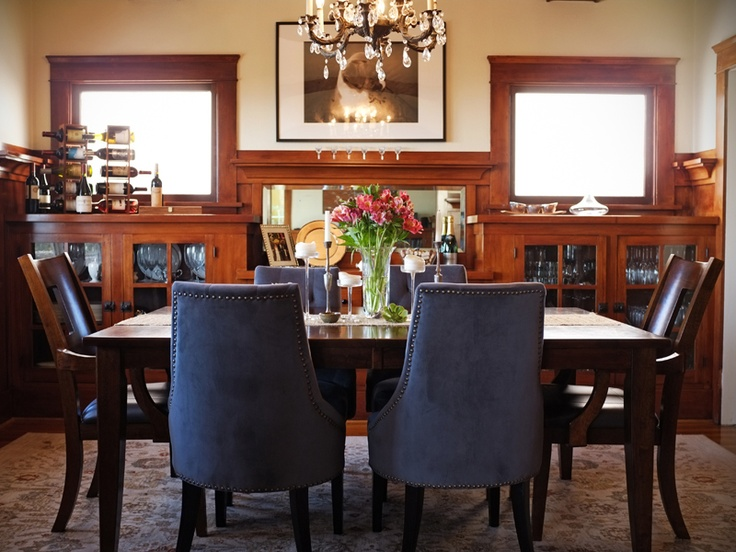 A comfortable dining room...ready for doing homework, spreading out a project or serving up a special meal.: Dining Rooms Ready, Dining Spaces, Comforter Dining