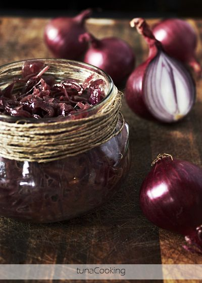 ... Onions Jam, Red Onions, Cebuli Red, Cebuli R Onions, Breads, Jam Red