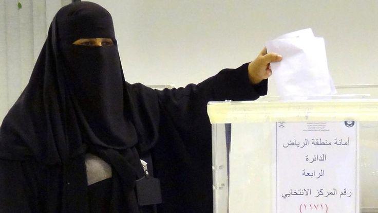 Históricas elecciones en Arabia Saudí con participación femenina