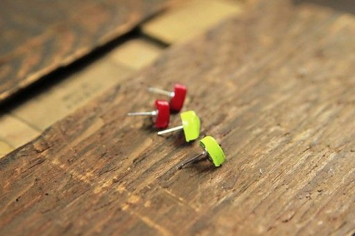 How to make cabochon earrings and jewelry via lilblueboo.com