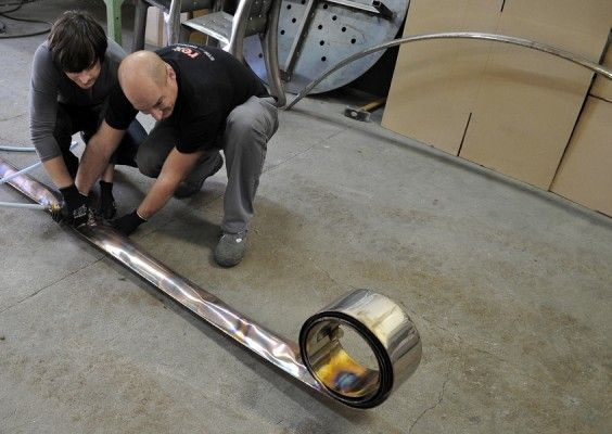 Oskar Zieta - inflating test-roll  BLOW&ROLL https://shop.zieta.pl/pl,p,,42,edycja_specjalna_br.html