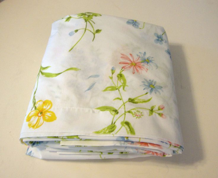 Sheet Set Vintage Spring Maid Cotton sheets set of 2 lovely floral design with wild flowers on white Double bed Size by flyingdollar on Etsy