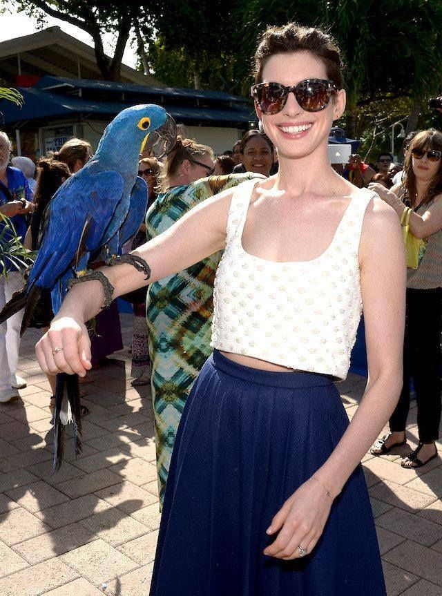 Fave! #fashionfave #fashion #outfit #annehathaway