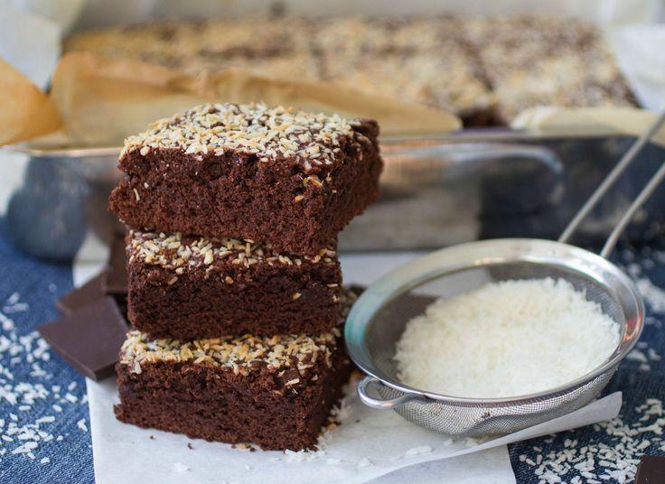 Isteni kakaós-kókuszos bögrés süti