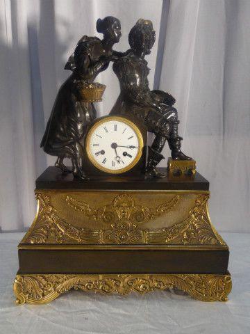 clock bronze - Pendules - Miroirs - Pendules - Tableaux - Nord Antique