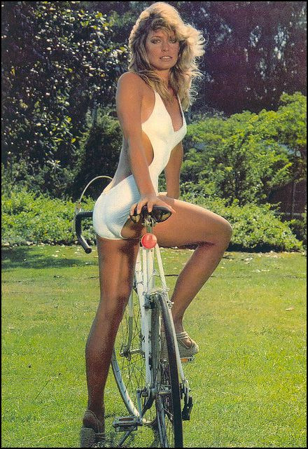 Farrah and her bike***♡