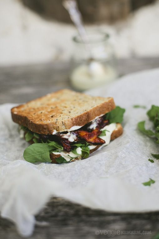 Spicy Shiitake Sandwich w/ Tofu-Mayo + Rocket | Veggie num num