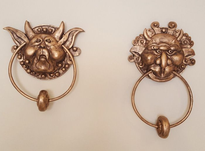 Labyrinth Door Knockers http://geekxgirls.com/article.php?ID=6767                                                                                                                                                      More