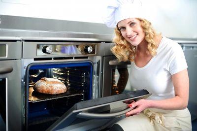 Come pulire il forno elettrico con prodotti naturali