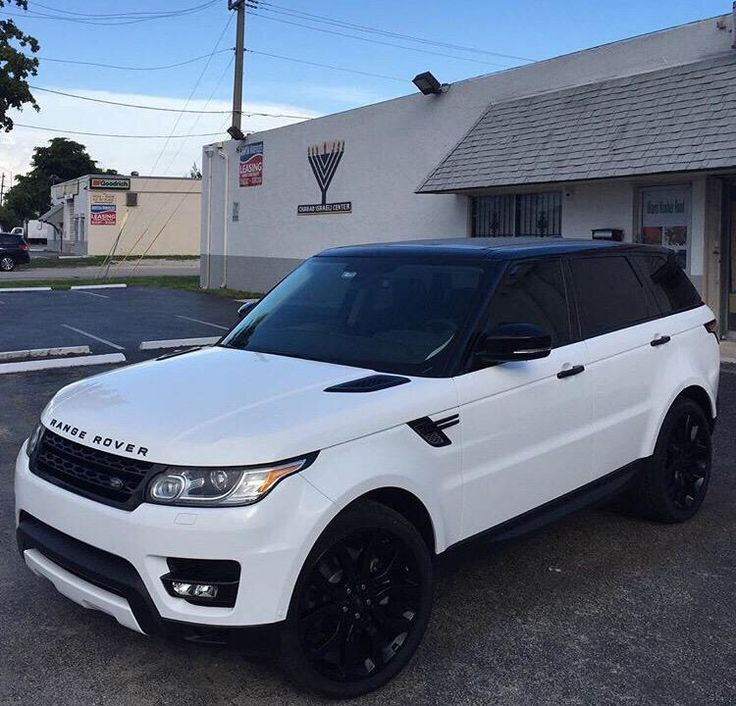 White Range Rover with black rims – #Rims #luxurycars #with #Range #ROVER   – Autos und motorräder