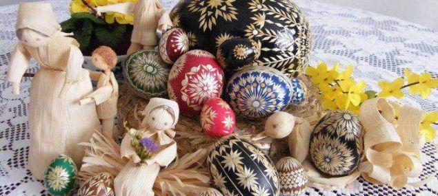 Kdo umí, ten umí. Hanácké kraslice z dílny Petry Frojdové | Společnost | Zprávy | Budějcká drbna - super drbna online