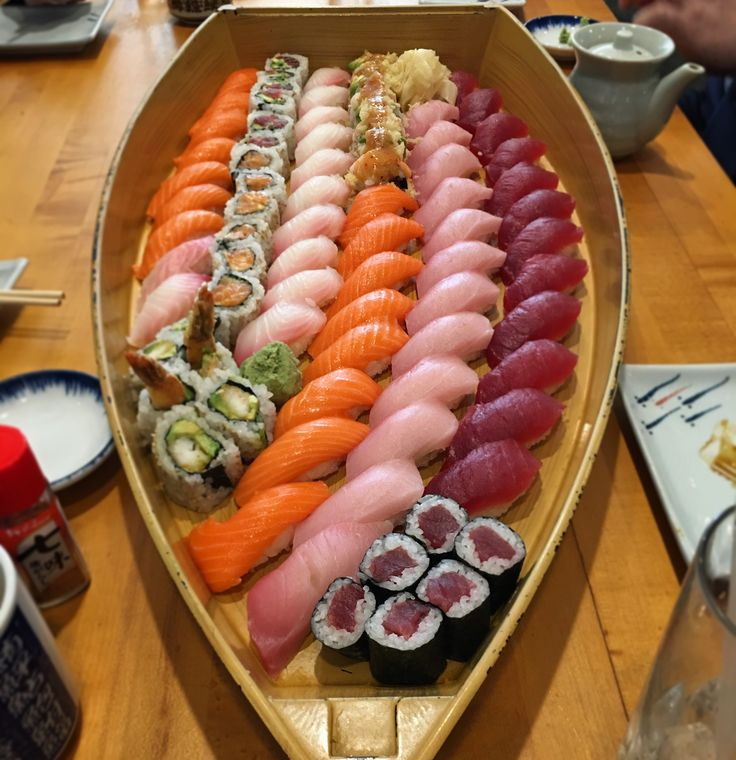 [I ate] Sushi Boat http://ift.tt/2mMB5PU