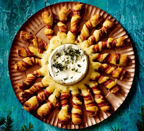 Baked Camembert with bacon-wrapped breadsticks