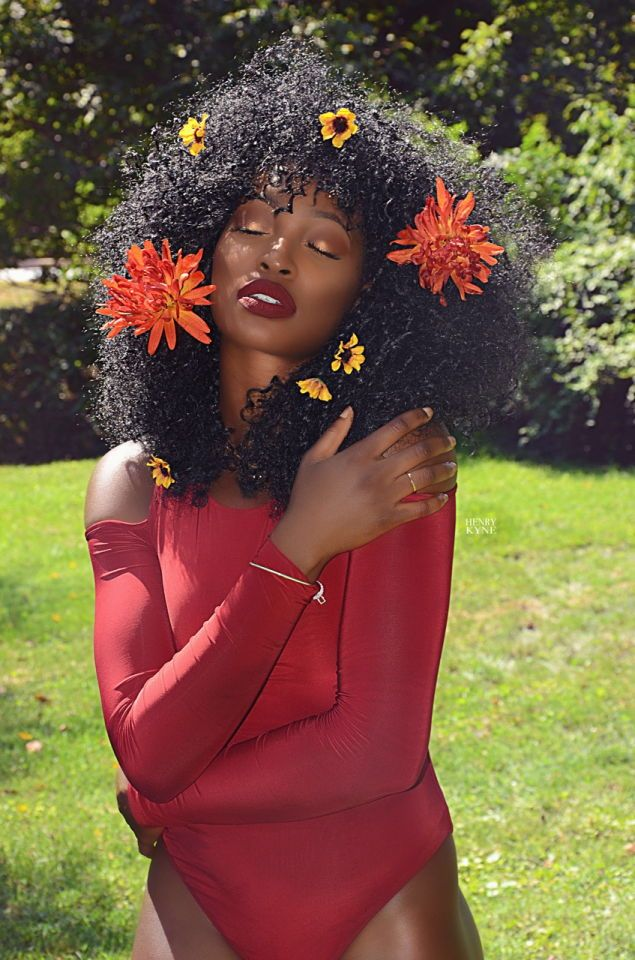 """""""I am a Queen being raised by the Sun in a world surrounded by Stars, Flower Child."""" Model: @thee.abbylxve Photographer: @mostwantedskyz"""
