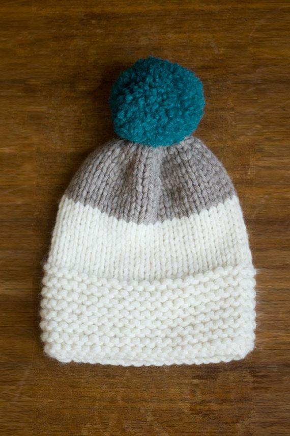 Tuque-bonnet tricoté-e à la main en laine mérinos par septmars