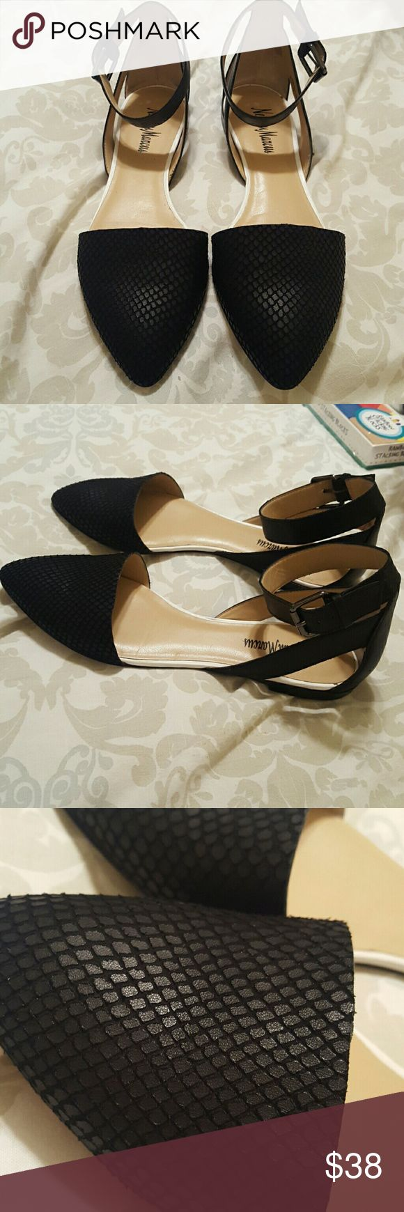 Neiman Marcus D'Orsay Flats Size 8  Great condition Neiman Marcus Shoes Flats & Loafers