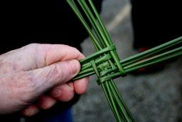 How to Make a St. Brigid's Corss (from St. Brigit of Ireland Orthodox Christian Church)