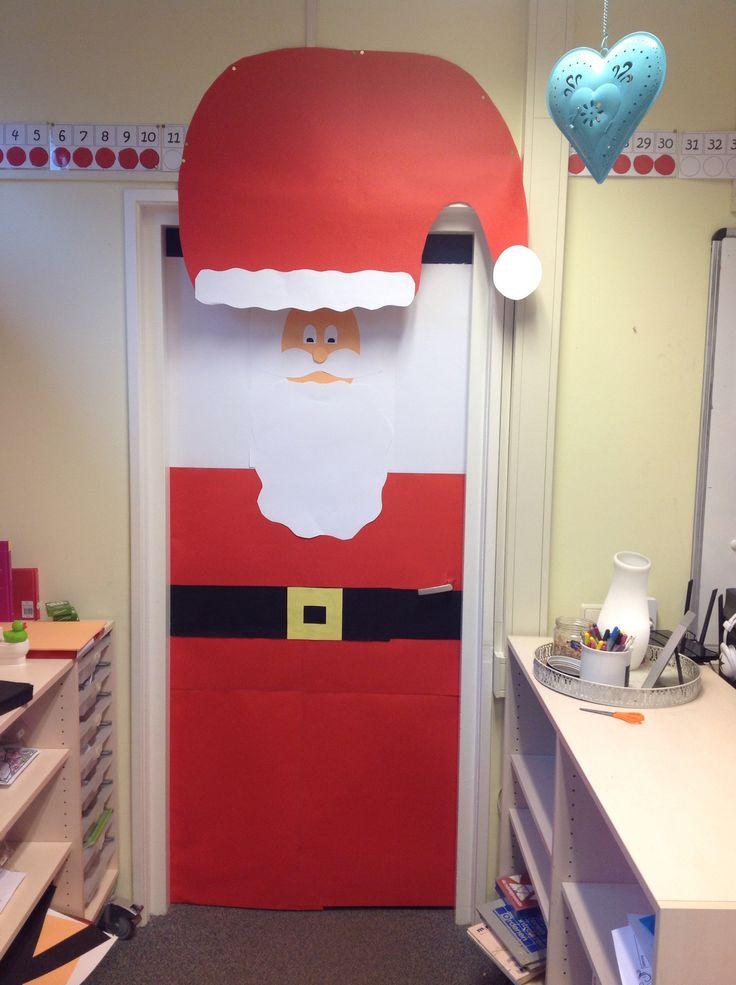 Gezien op pinterest, mijn variant van de kerstman op de deur in de klas :)