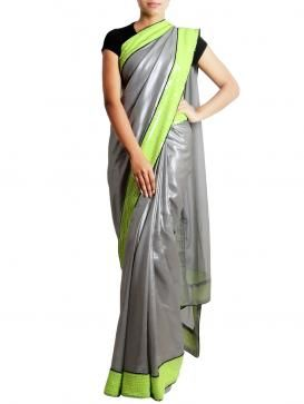 Add glitters to your beauty by adorning this beautiful saree from sayisha. Visit http://www.designerkapde.com today.